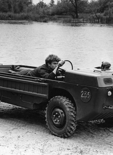 Советский автомобиль для управления из положения лежа