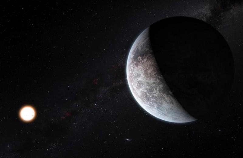 Самую далекую от Земли экзопланету Млечного Пути обнаружили возле миниатюрной звезды