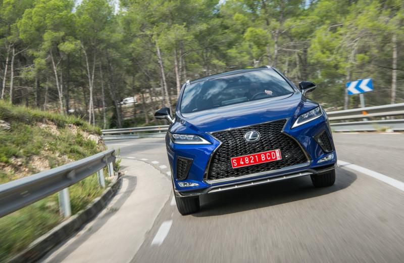 5 фишек Lexus RX, которые удивляют даже сейчас