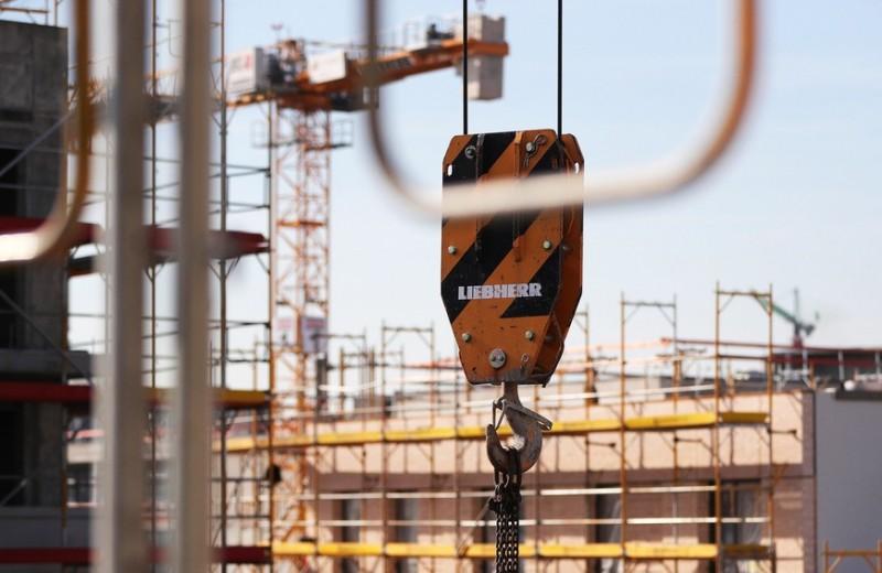 Ловушка для строителей: почему переход на эскроу-счета привел к снижению ввода жилья