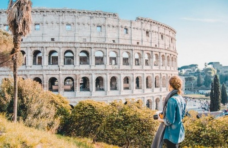 Зависимость от путешествий: как она возникает и чем опасна