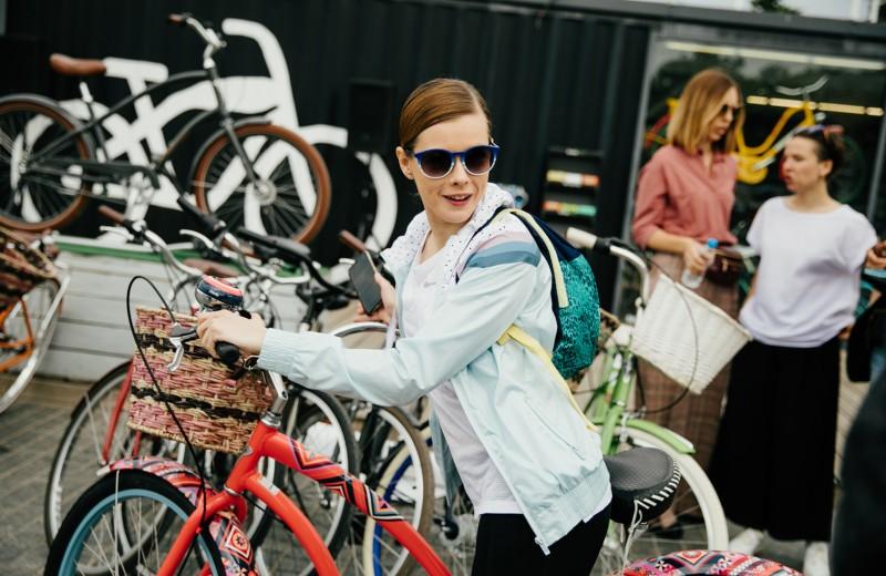 Что делать летом в Москве — на велосипеде