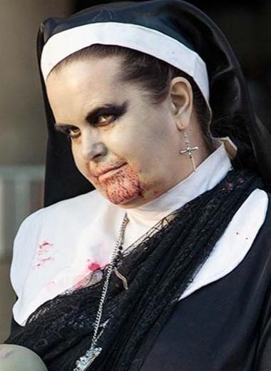 Модный и страшный костюм на Хеллоуин самой: как сделать наряд своими руками