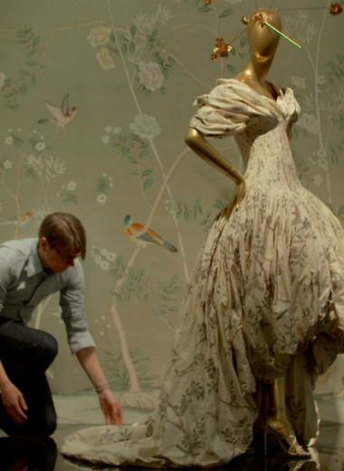 Что такое кэмп и почему Метрополитен-музей посвятил ему выставку