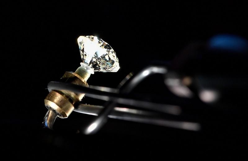 Живые камни: как искусственные алмазы завоевывают рынок