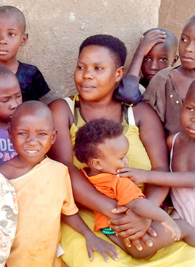 44 ребенка к 39 годам: история самой многодетной матери из ныне живущих