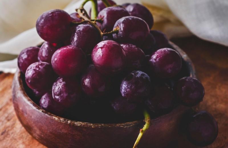 Почему виноград в микроволновке превращается в плазму? Тайна века раскрыта!