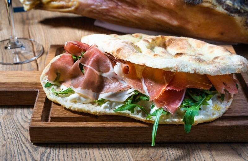 Хлеб и колбаса: ключевые гастрономические ценности в новом ресторане Focacceria