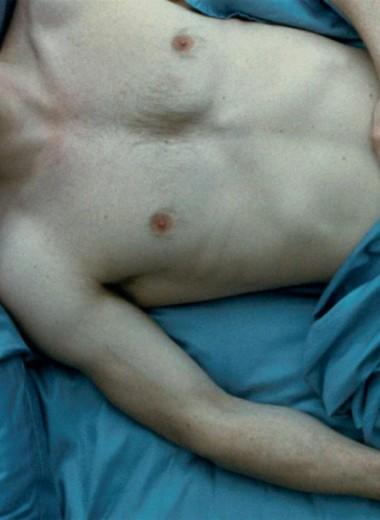 4 веские причины начать спать без трусов (так советуют ученые)