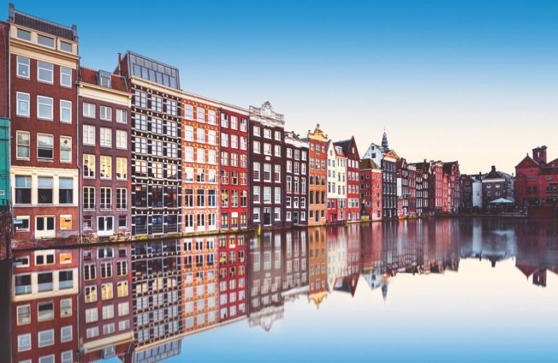 По своим каналам: гид по Амстердаму от местных жителей