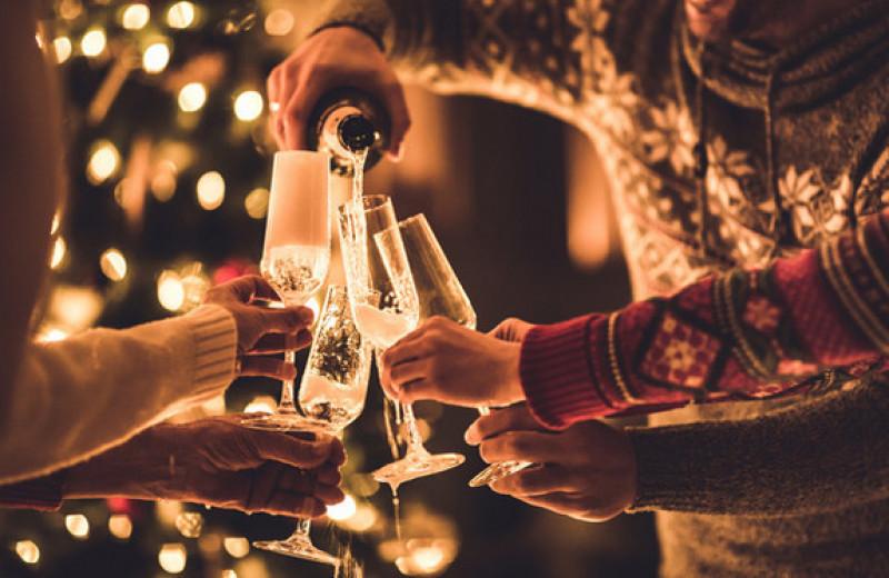 Как избежать запоев на праздниках: 4 правила от эксперта