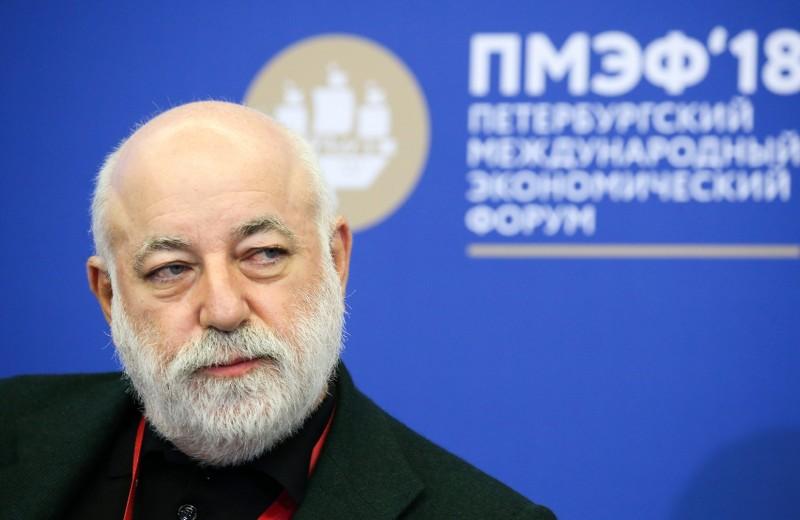«Слово из трех букв» и санкции: о чем участники списка Forbes говорили на Петербургском форуме
