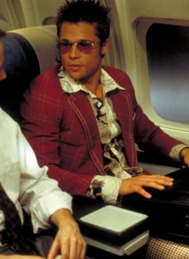 Что взять с собой в самолет: 3 мужских комплекта ручной клади на любой случай