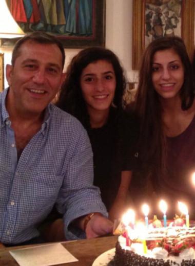 Иранцы переехали в США, а затем вернулись на родину. Один из них получил 10 лет тюрьмы за шпионаж