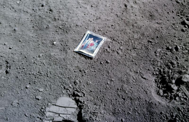 Лунные деревья, дети астронавтов и редис на SpaceX: 10 фотографий о том, как люди побывали в космосе