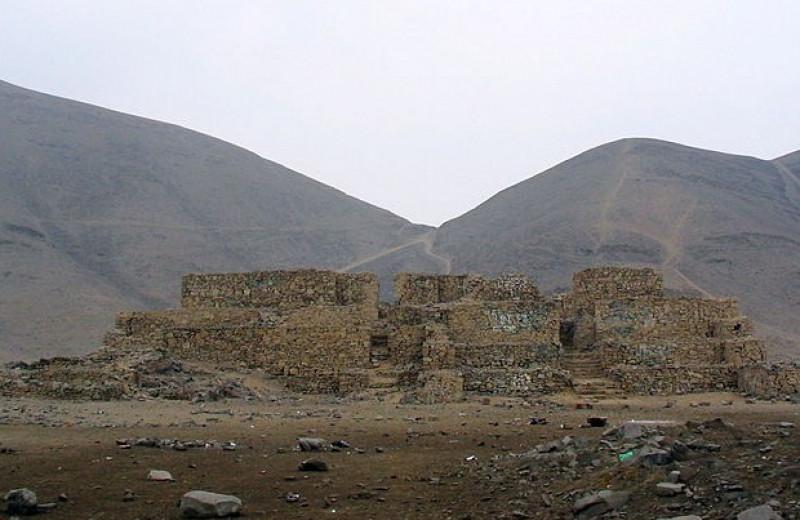 Археолог и художник реконструировали облик жившей 3700 лет назад перуанской женщины