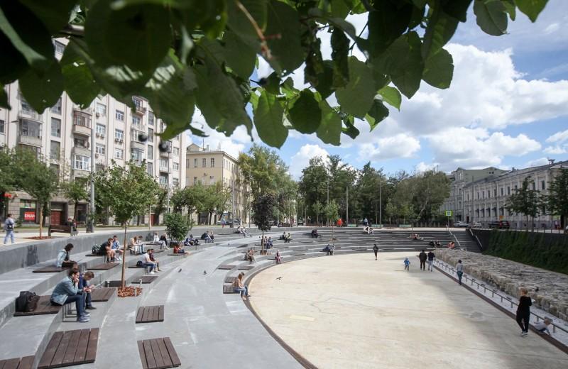Парки, ямы, вокзалы: 5 московских мест, которые интернет изменил навсегда