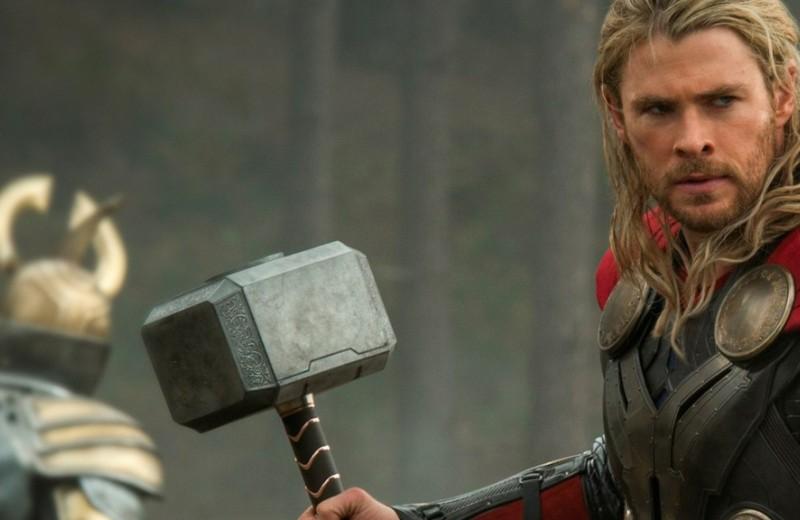 Рейтинг самого мощного оружия вселенной Marvel (что круче молота Тора?)
