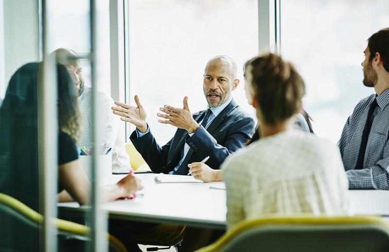 Не ждите, пока в голове загорится лампочка: как придумать прорывную идею для бизнеса