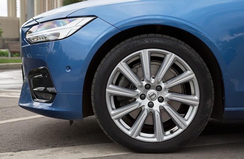 Идеи для бизнеса. Три мнения о Volvo S90