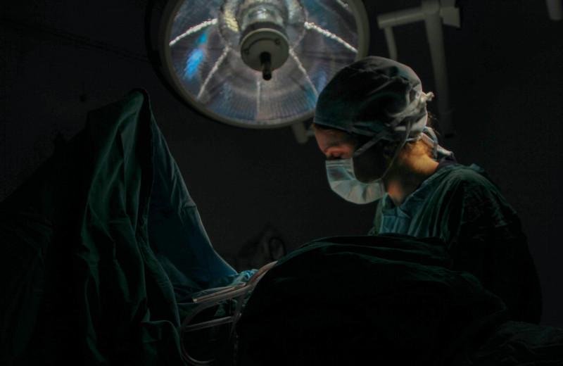 В России провели первую в мире сложную операцию на сердце через небольшой надрез