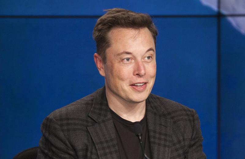 «Неследуйте глупым правилам»: Илон Маск назвал 7главных способов повысить продуктивность