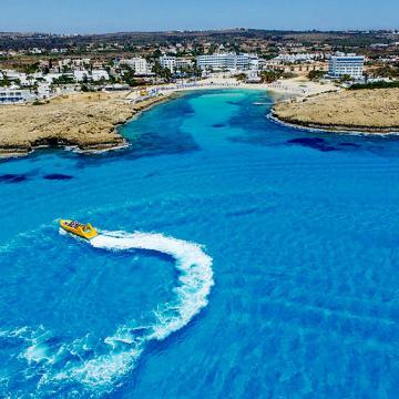 Особняк в обмен на паспорт. Как инвестировать в гражданство Кипра