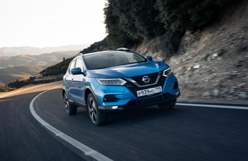 «Потому что мы пилоты!» Nissan запустил на российские дороги кроссовер второго уровня автономности