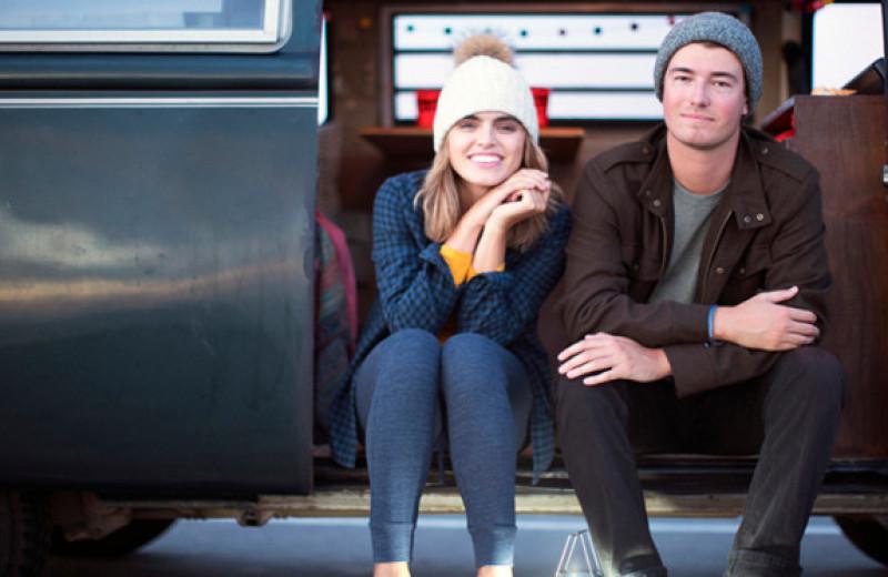 «Живем в школьном автобусе»: почему супруги из США кочуют вместе с детьми