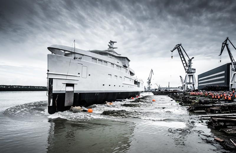 Что такое яхтенные экспедиции и как выглядит La Datcha Олега Тинькова