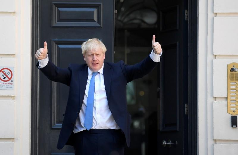 Потомок Романовых, обидевший Путина: кто стал новым премьером Великобритании