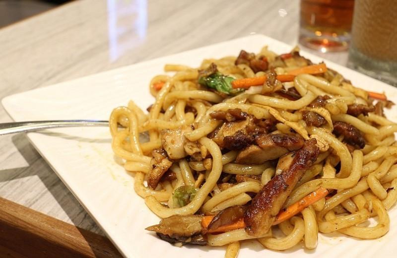 Как приготовить удон с курицей и овощами: рецепты и советы
