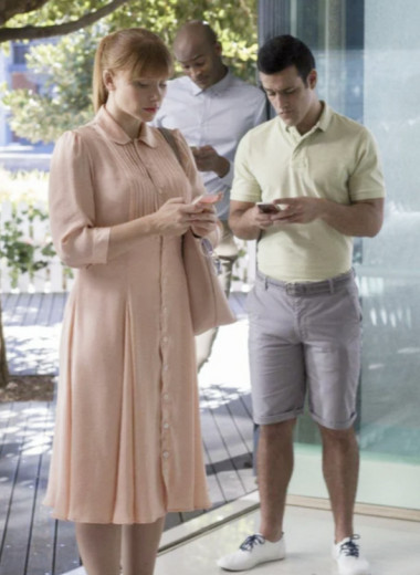 Цифровые двойники: как Clubhose и другие соцсети влияют на наше «я»