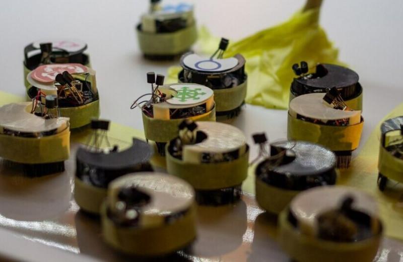 Нейросеть изучит физику толпы для обучения урбанистических роботов