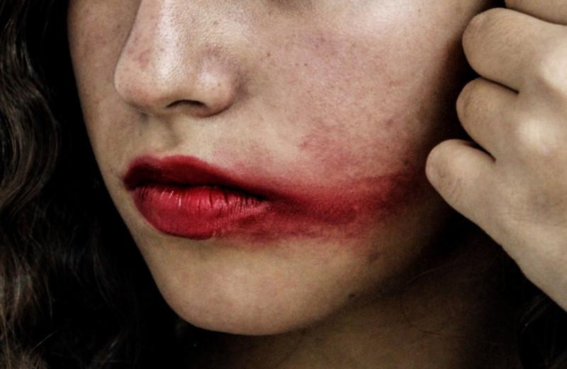 Без видимых повреждений: почему важно понимать психологию авторов насилия