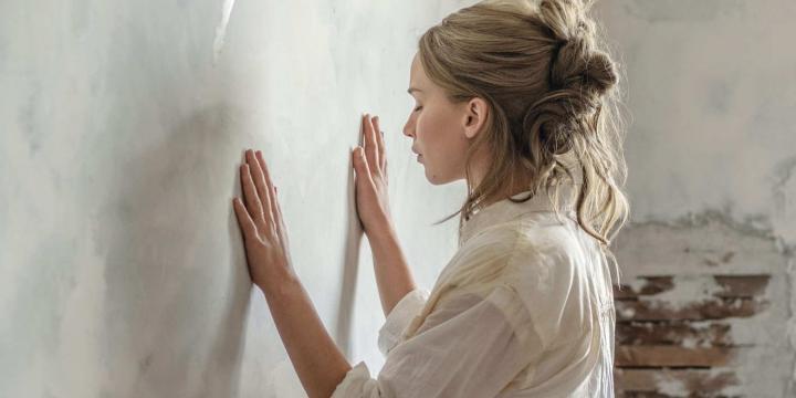 Даррен Аронофски объяснил все, что вы не поняли в «маме!»