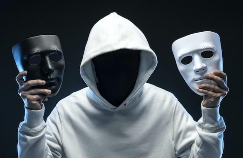 Дружить с бывшими — признак психопатии?