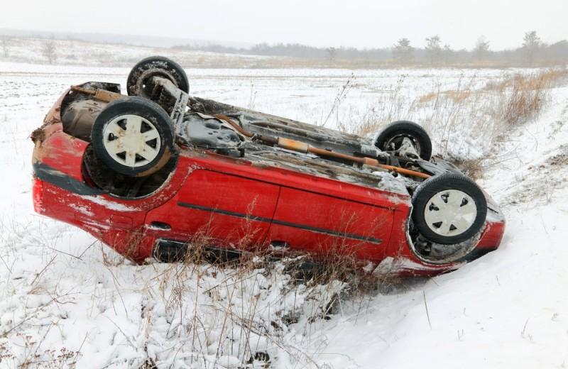 Скользкие улицы: как правильно рулить на зимней дороге