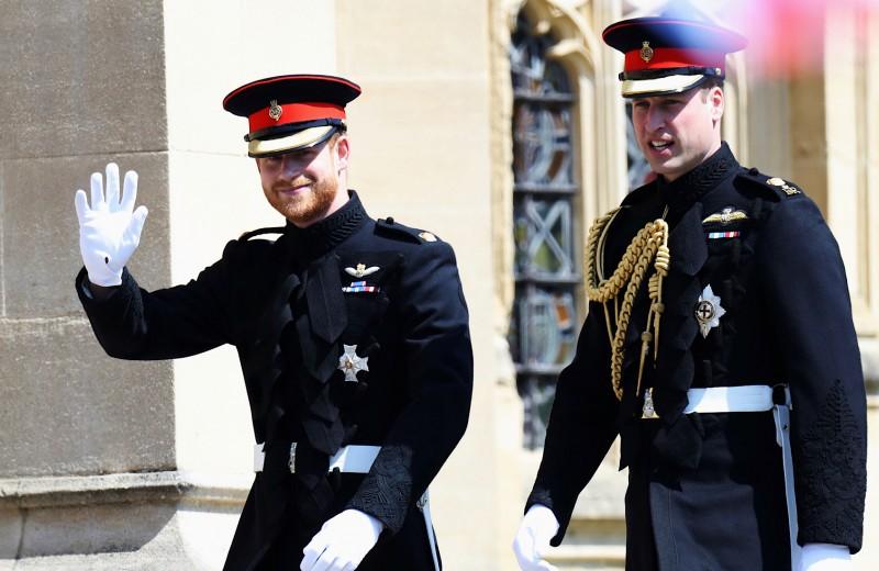 «У нас разные пути, но мы остаемся братьями»: принц Гарри впервые рассказал о конфликте с братом Уильямом