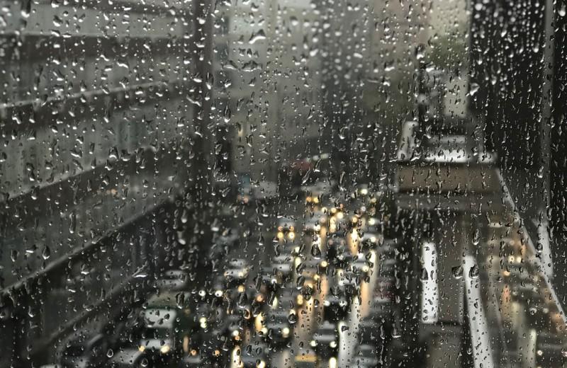 Погода на июньские выходные будет холодной и дождливой