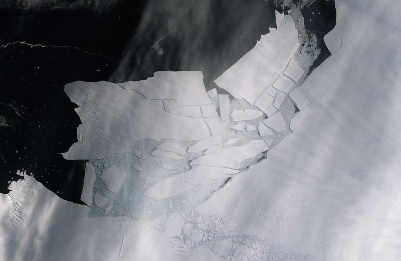 Массив льда размером с Мальту откололся от Антарктиды