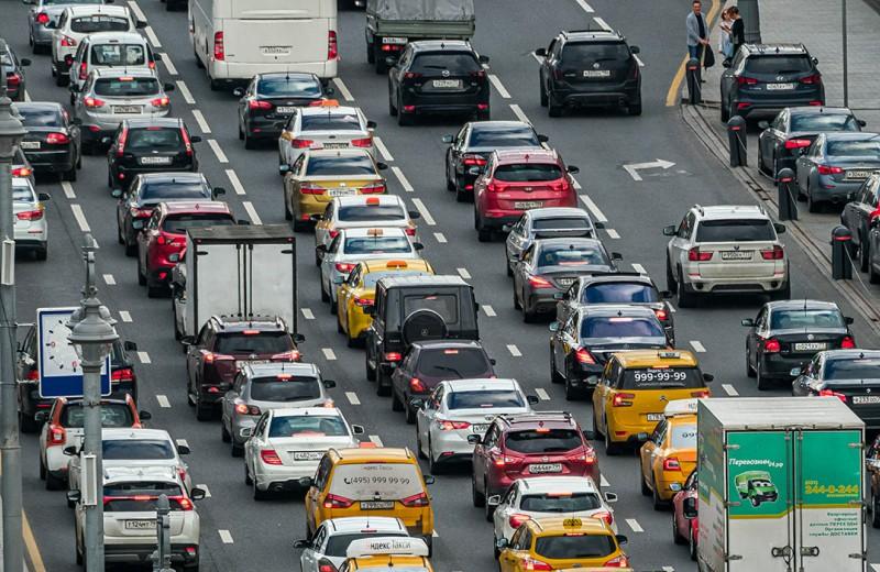 Налоговая предупредила водителей. Что изменилось в уплате годовых пошлин