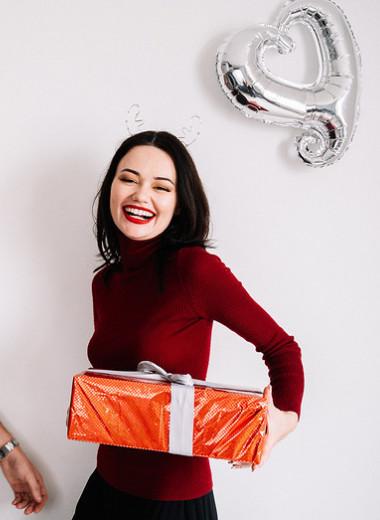 Подарок наДень святого Валентина любимой девушке: 8свежих идей от Playboy