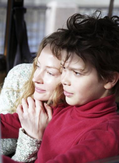 Парное интервью: Светлана Ходченкова и Артем Быстров отвечают на 10 вопросов об отношениях, детстве и семье