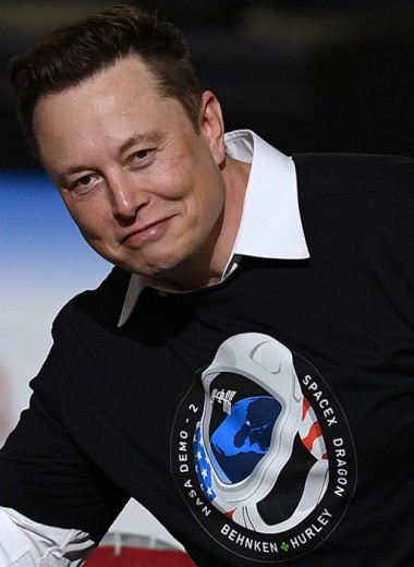 «Сделать летающую машину — не самое сложное». Илон Маск — о будущем