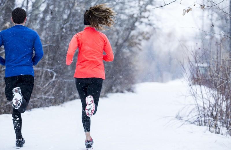 Холод не помеха: как правильно бегать зимой