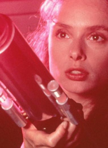 Фильмы про пришельцев: топ-5 неочевидных картин, где человек сталкивается с неизвестным