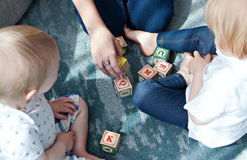 Мой ребенок растет билингвом — радоваться или опасаться?