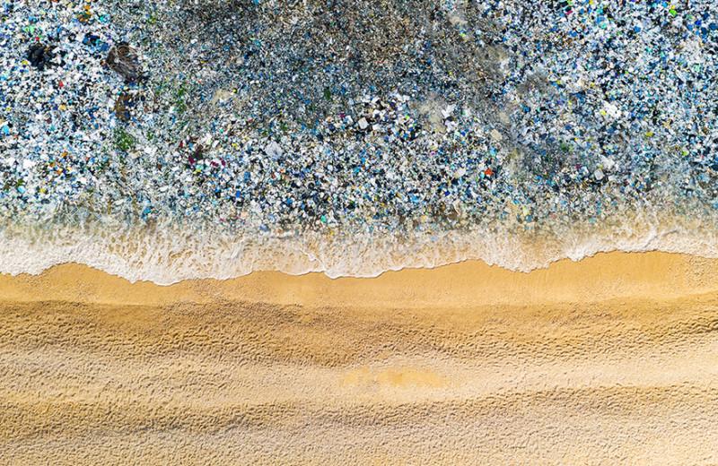 Недостаточно голубая лагуна: что делать, чтобы остановить загрязнение Мирового океана