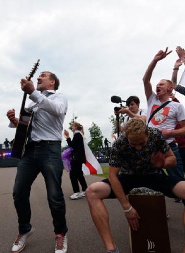Какие народные песни поют протестующие в Белоруссии